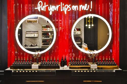 雅诗兰黛两大奢华香氛品牌在上海开中国首店